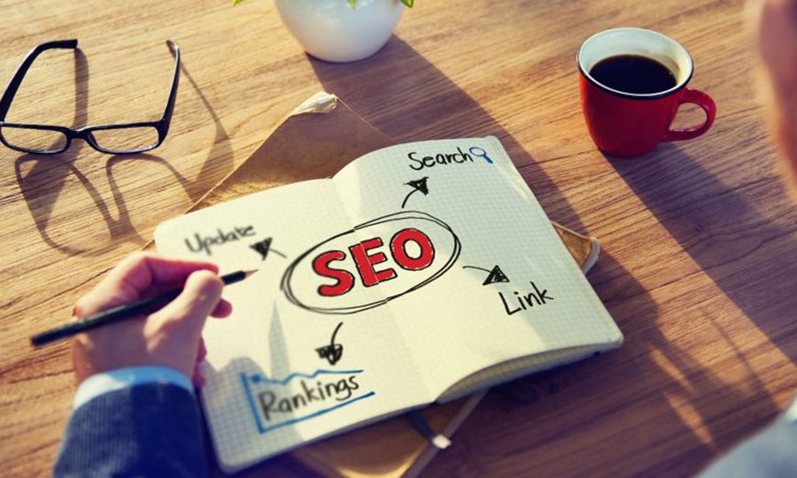 مهمترین عاملی که میتواند منجر به ارتقای رتبهی وبسایت شما در موتورهای جستجو به ویژه موتور جستجوی گوگل شود، تولید محتوای با کیفیت است.