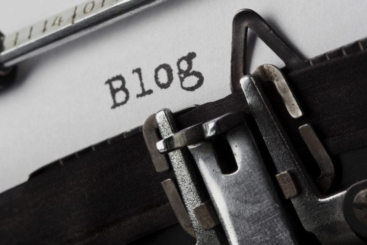 به ازای هر فصل از کتاب یک پست بلاگ بنویسید